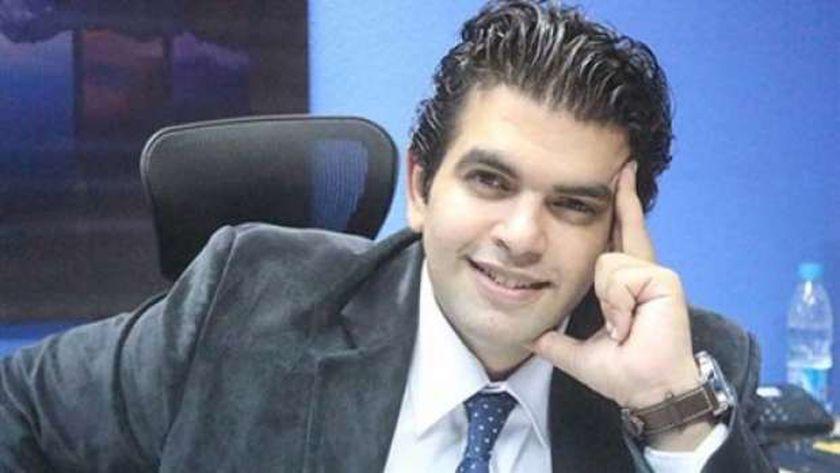 الكاتب الصحفي أحمد الطاهري