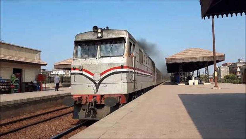 صورة أرشيفية لأحد قطارات السكة الحديد