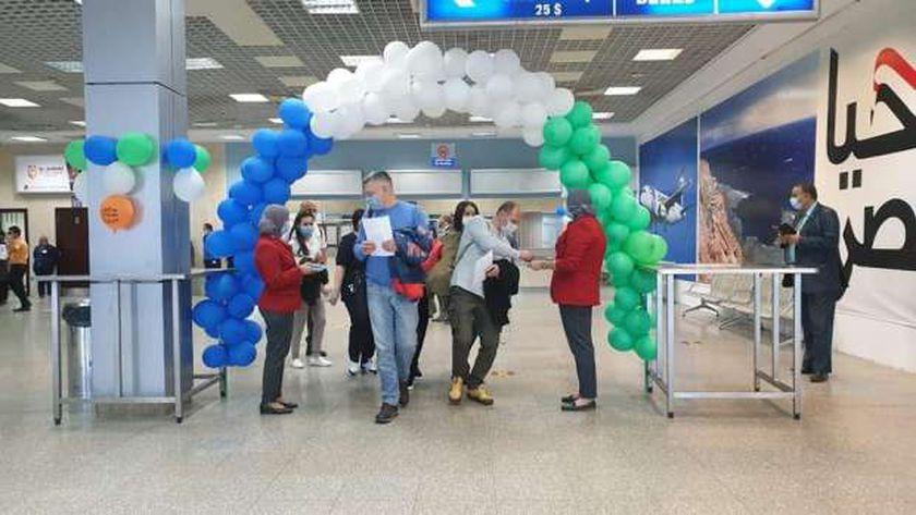 المطارات المصرية تواصل تطبيق أقصى الإجراءات الأمنية لضمان سلامة الوافدين