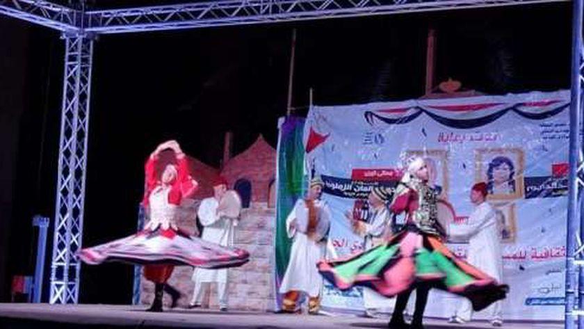 القوافل الثقافية للمسرح المتنقل بالوادى الجديد