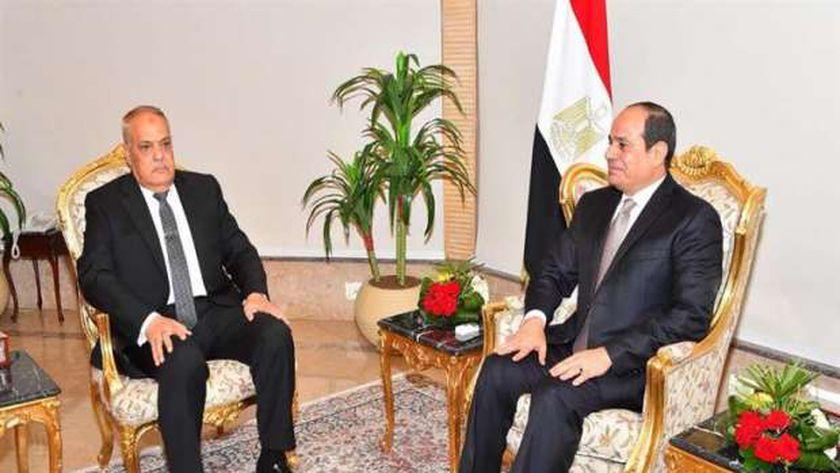 السيسي  ووزير خااجية الجزئر