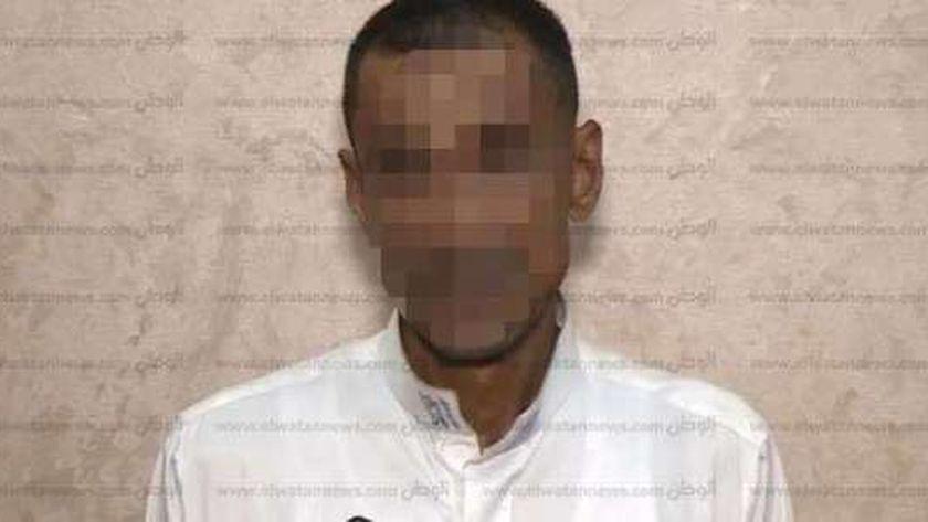 المتهم بقتل زوجته وأطفاله وفصل رؤوسهم عن أجسادهم