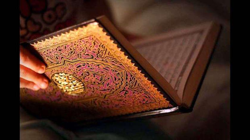 المفتي يجيب عن سؤال حول مدى جواز قراءة القرآن للميت