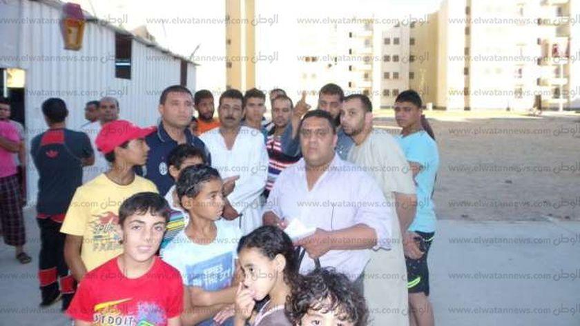 """بالصور  أهالي المجاورة 70 بـ""""العاشر من رمضان"""" يطالبون بافتتاح مدرسة إبتدائية"""