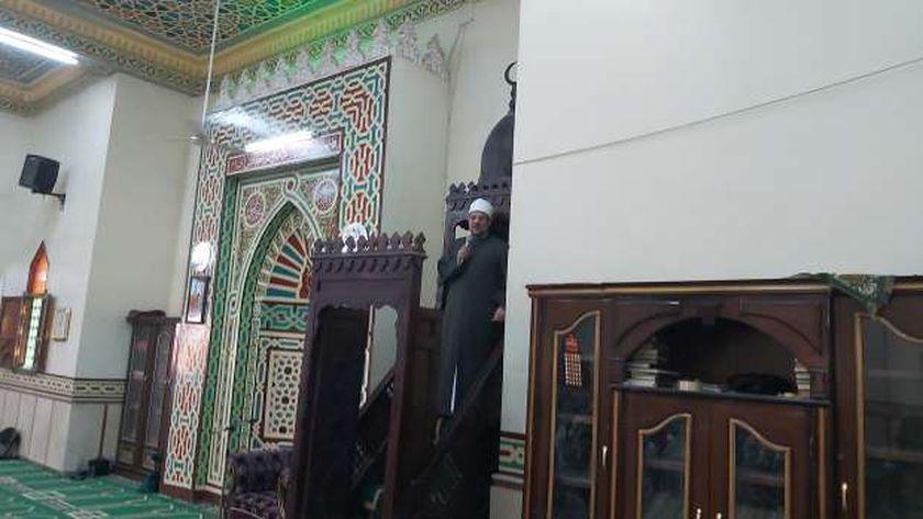 وزير الأوقاف يلقي خطبة الجمعة بمسقط رأسه في صفط راشين ببني سويف