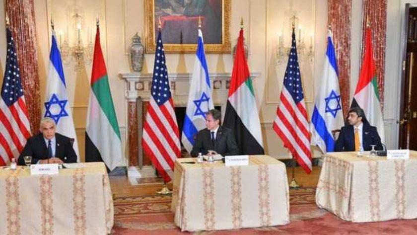 وزراء خارجية أمريكا والإمارات وإسرائيل يبحثون السلام بين إسرائيل والعرب في واشنطن