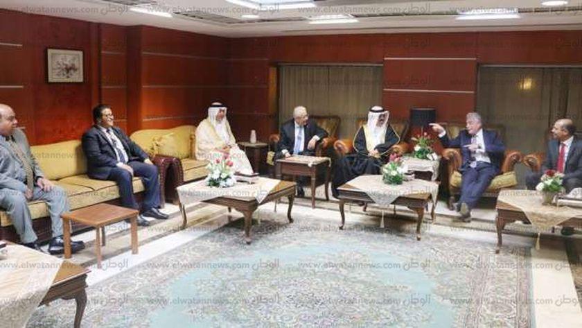 وصول وزير التعليم البحريني لشرم الشيخ