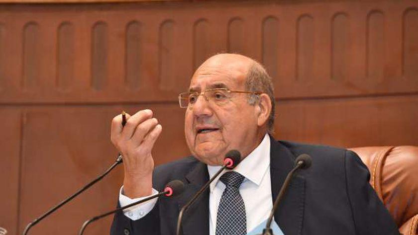 المستشار عبدالوهاب عبدالرازق رئيس مجلس الشيوخ
