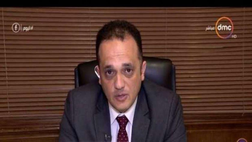 الدكتور محمد الشناوى