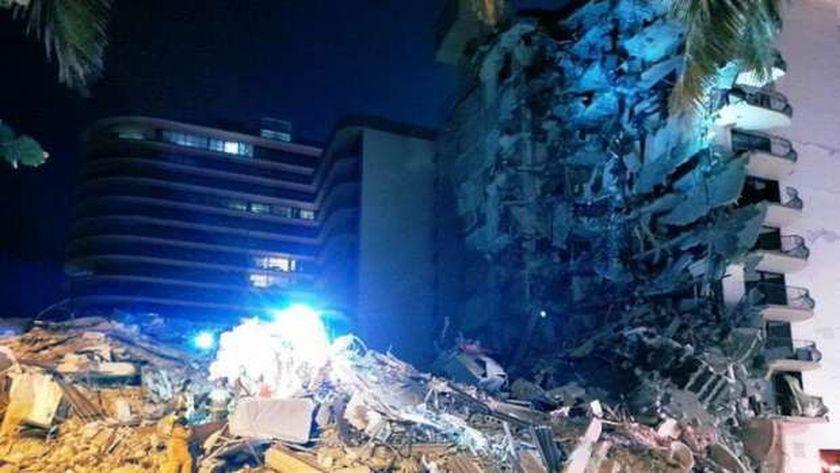 انهيار مبنى سكنة بفلوريدا