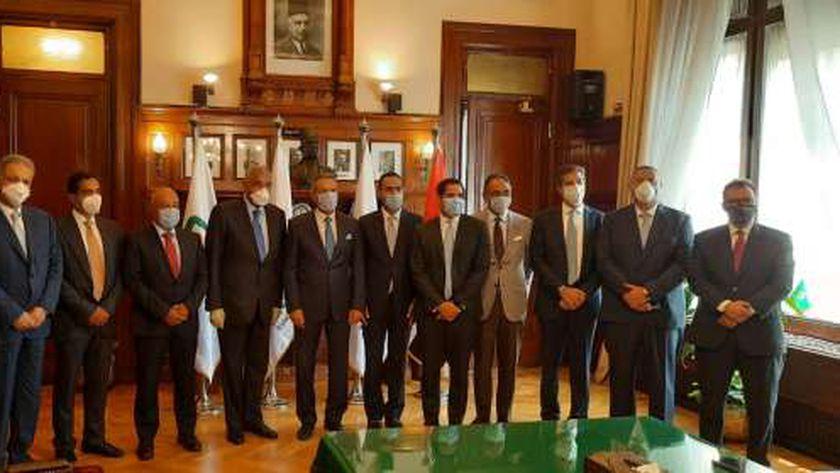 عقد شراكة استراتيجية بين البنك الأهلي المصري وبنك مصر ومجموعة طلعت مصطفى لمواجهة تحديات أزمة كورونا