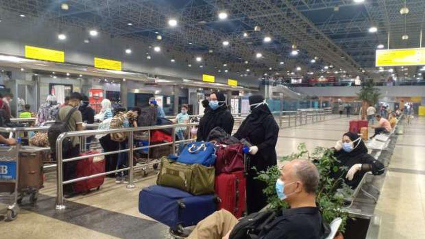 الطيران الكويتي:1470 عالقًا مصريًا يغادرون إلى 3 محافظات عبر 9 رحلات