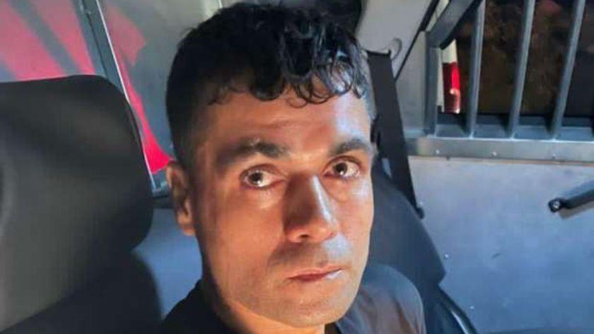 أحد الأسرى الفلسطينيين الفارين من سجن جلبوع بعد اعتقاله