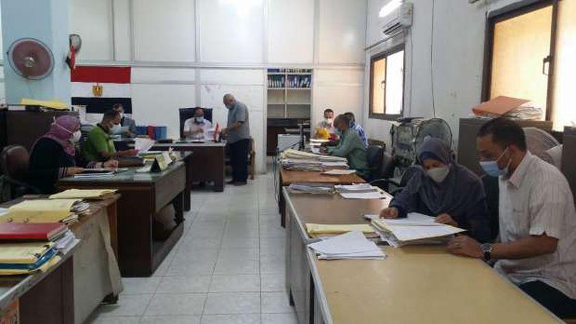 الدولة حافظت على الحقوق  المادية لموظفي الحكومة
