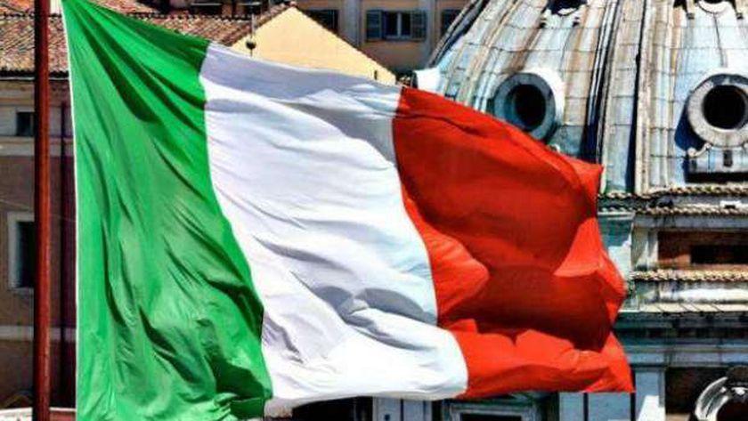 إيطاليا تسجل انخفاضا للحصيلة اليومية لوفيات وإصابات كورونا