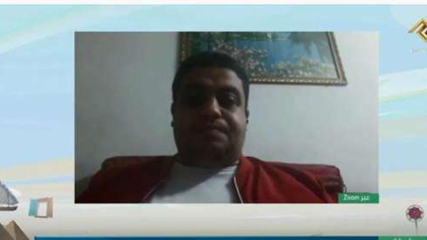 الدكتور محمد عصام الأستاذ بكلية العلوم في جامعة حلوان