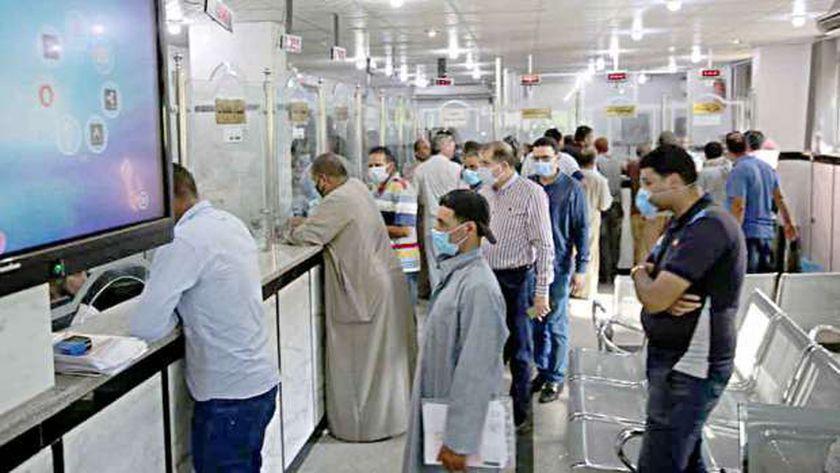 توافد المواطنون على المراكز التكنولوجية في كفر الشيخ