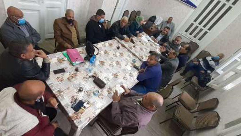 جانب من اجتماع مجلس ادارة نقابة العاملين بالنقل العام