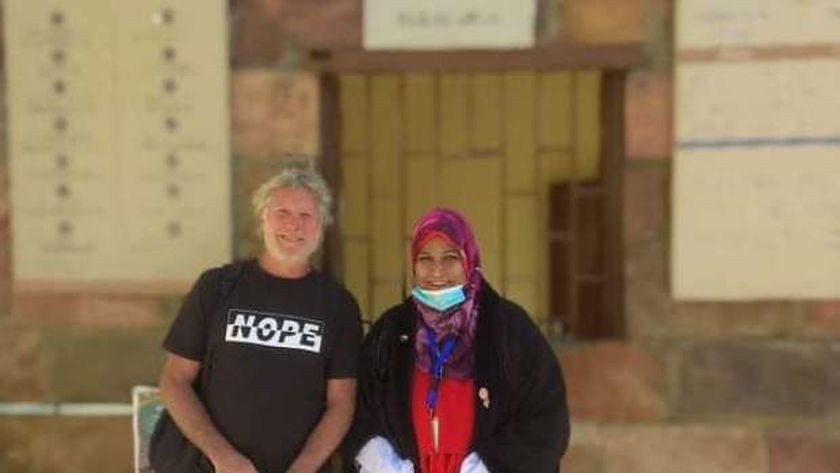 """استرالى"""" أول زائر لمعبد ايزيس بأسوان بعد افتتاحه بحضور الوزير"""
