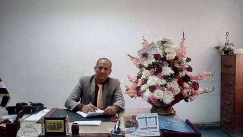 الدكتور عبدالباري العجيزي