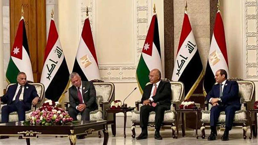 """الرئيس العراقي لـ""""السيسي"""" : نتطلع للاستفادة من تحربة مصر التنموية"""