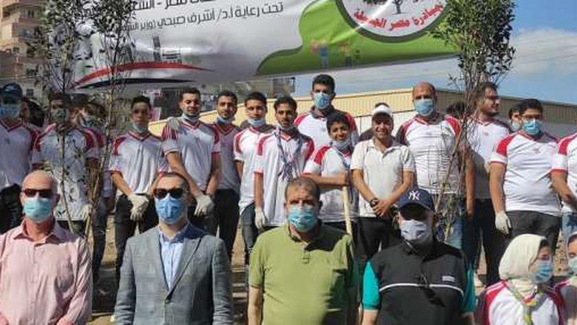 نائب محافظ كفر الشيخ يشارك 100 شاب وفتاة في مشروع الخدمة العامة