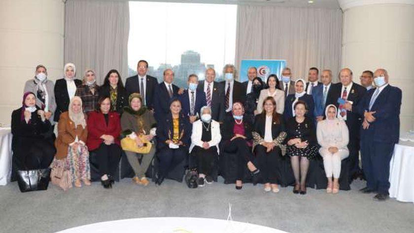 اجتماع هيئة مكتب نقابة الأطباء مع أعضاء بمجلسي النواب والشيوخ