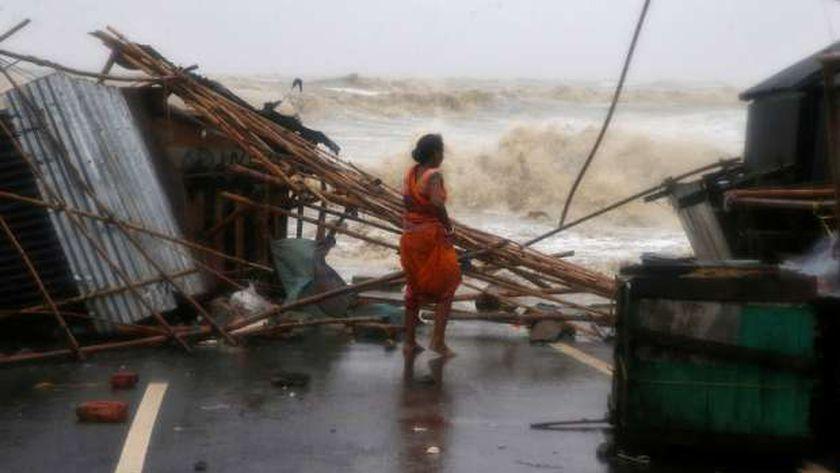 منازل متهدمة بفعل إعصار ياس