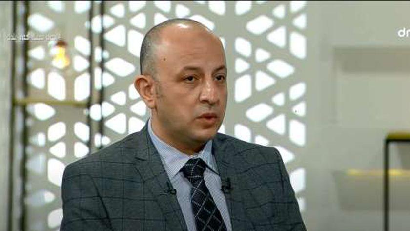 الدكتور إيهاب كمال المنسق العلمي لإدارة أزمة فيروس كورونا بوزارة الصحة