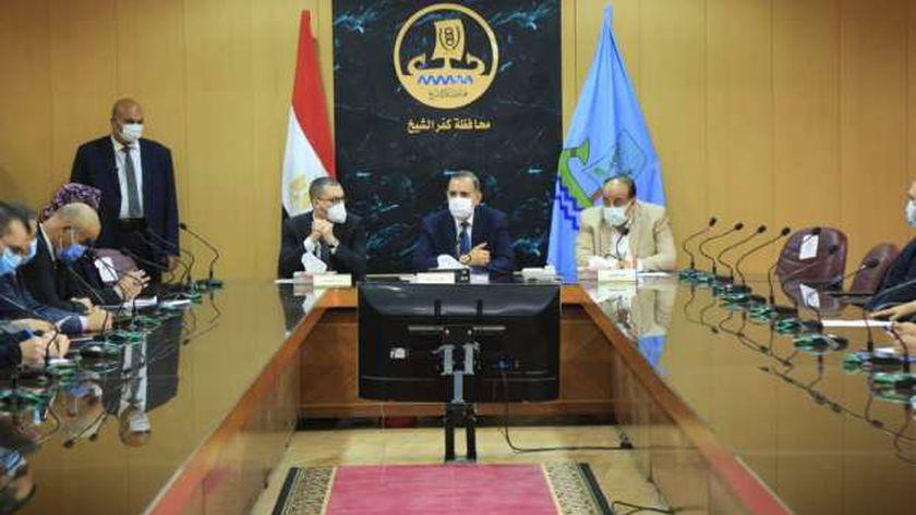 اجتماع لمواجهة فيروس كورونا في كفر الشيخ
