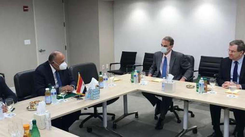 وزير الخارجية خلال اللقاء