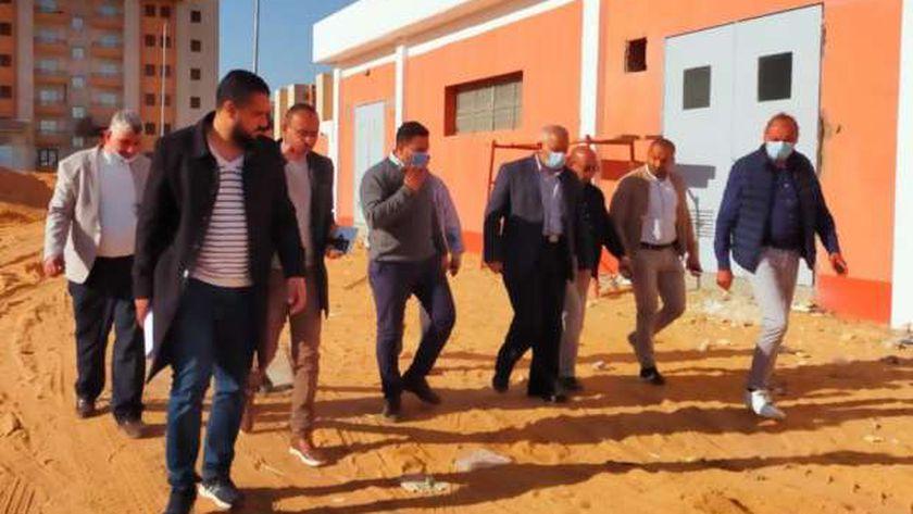 مسؤولو الإسكان يتفقدون وحدات «الاجتماعي و«سكن مصر» في أكتوبر الجديدة