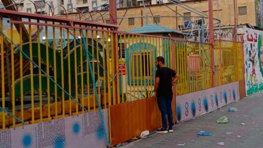 شقيق قتيلة ملاهي الإسكندرية يتأمل مكان الحادث