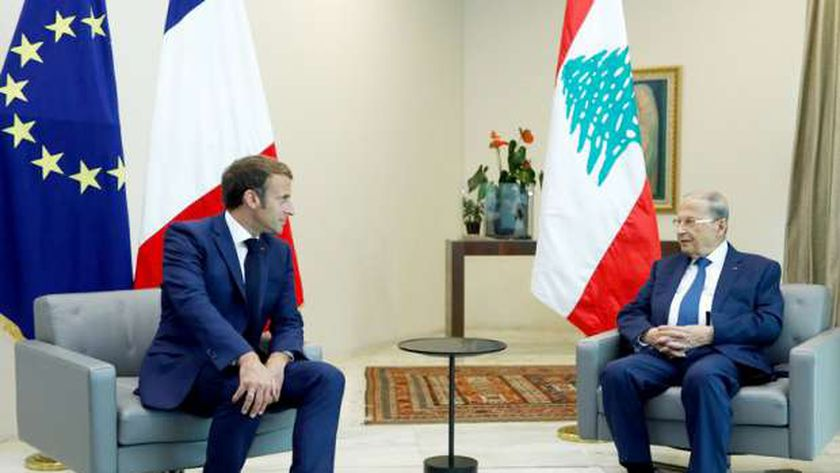 الرئيس الفرنسي مع نظيره اللبناني