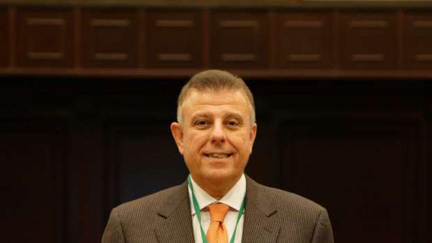 الدكتور محمود المتيني.. رئيس جامعة عين شمس