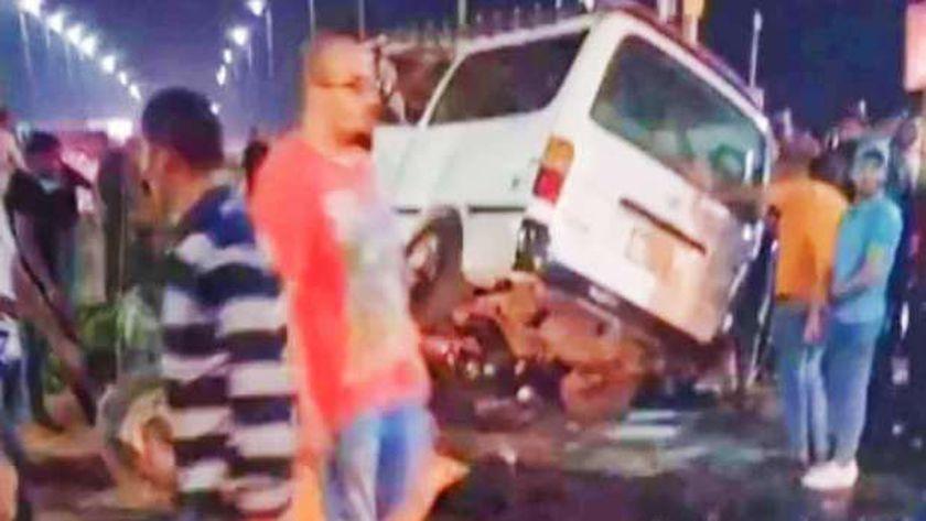 حادث تصادم سيارتين