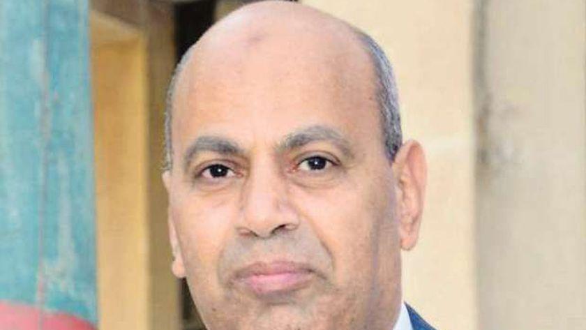 الدكتور مصطفى عبدالنبى رئيس جامعة المنيا