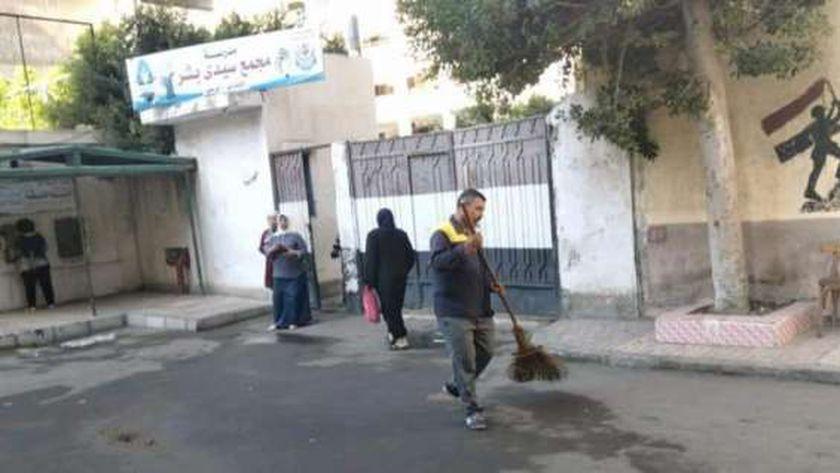 تنظيف محيط مدارس الإسكندرية