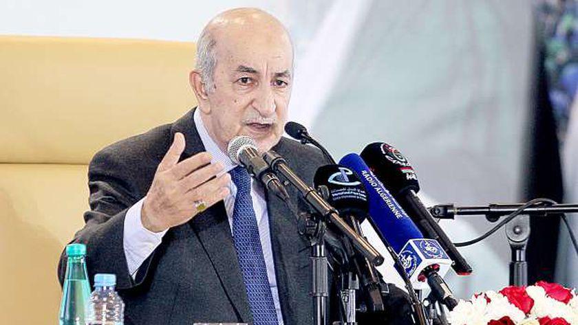 رئيس الجزائر يبدي تفاؤله إزاء حل الأزمة بليبيا - العرب والعالم -
