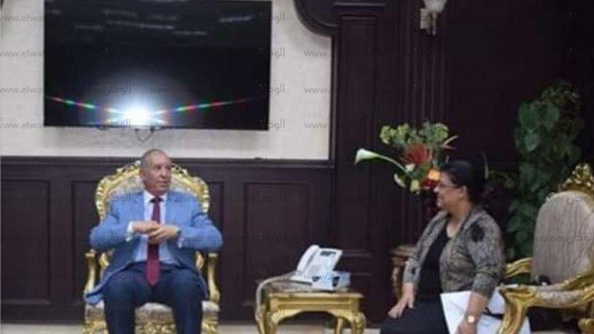 محافظة البحر الأحمر ووكيل وزارة التربية والتعليم