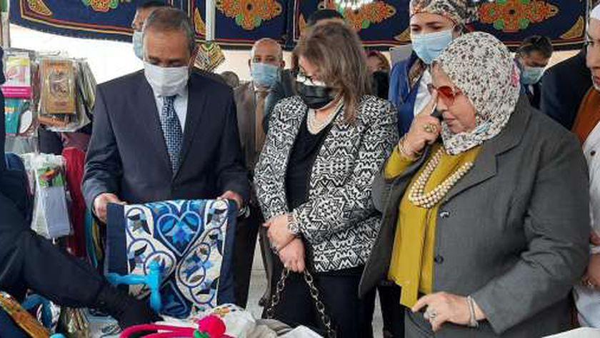 محافظ الإسماعيلية يفتتح معرض سيدتي للمجلس القومي للمرأة