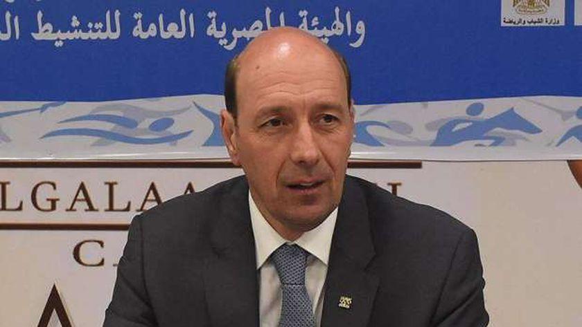 د.شريف العريان رئيس اتحاد الخماسي الحديث