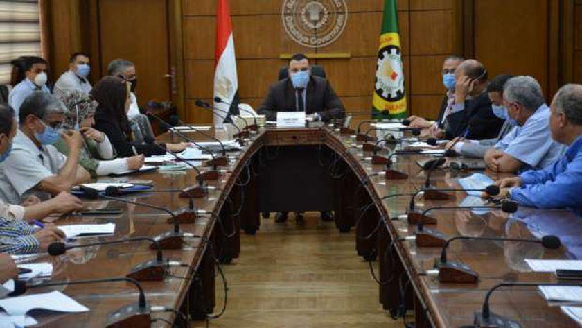 اجتماع لجنة مراجعة التراخبص في الدقهلية