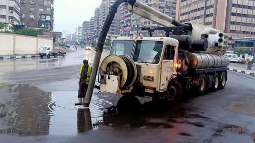 سيارات الشفط تنتشر  بالقاهرة