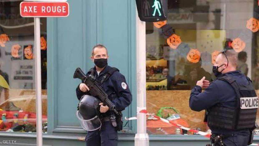الشرطة الفرنسية في مكان وقوع الحادث