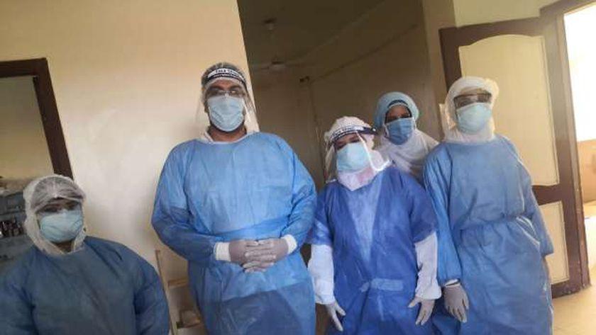الفريق الطبي لمستشفى سمسطا المركزي