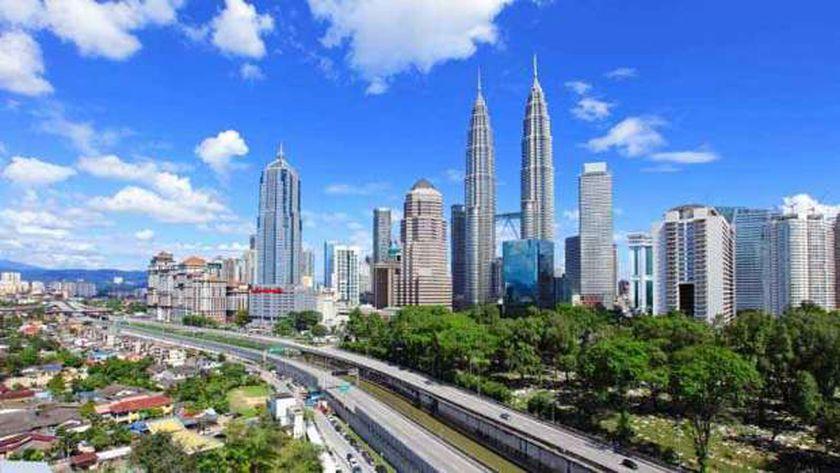 ماليزيا تنصح رعاياها في أمريكا بتجنب أماكن الاحتجاج والامتثال بحظر ا