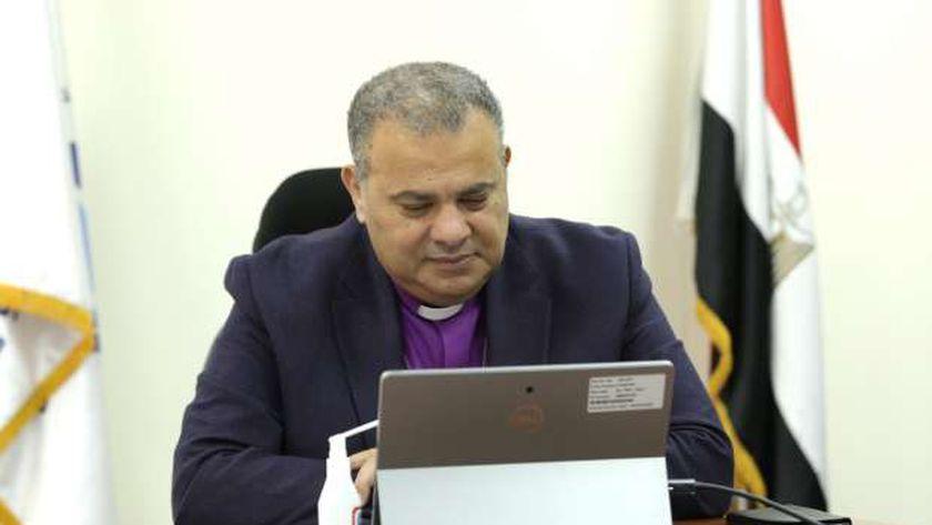 الدكتور القس أندريه زكي رئيس الطائفة الإنجيلية