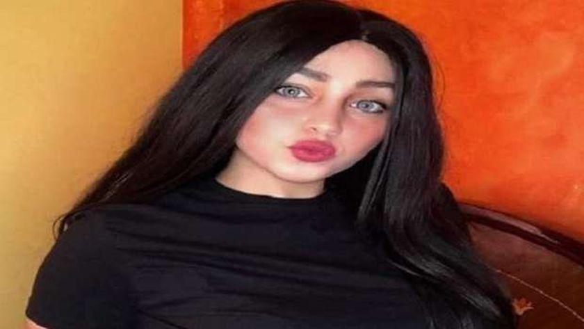 ريناد عماد فتاة التيك توك