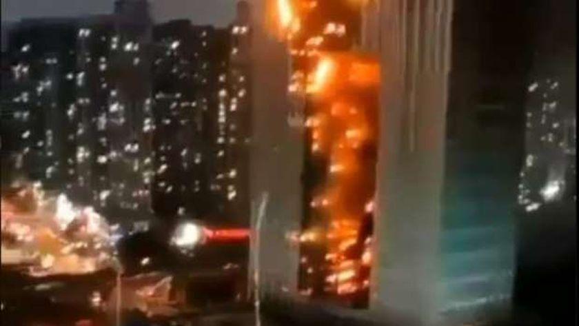 حريق الصين بدأ بشقة والتهم برجا تسكنه 419 عائلة